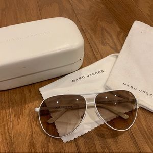 Marc Jacobs Aviator Sunglasses